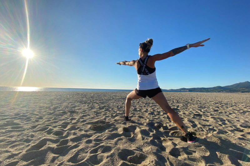 Running Yoga sur le sable